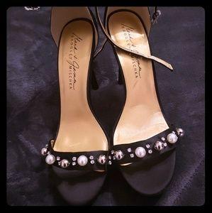 NWOT Strappy sandal heel